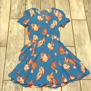 Forever 21 floral dress size small